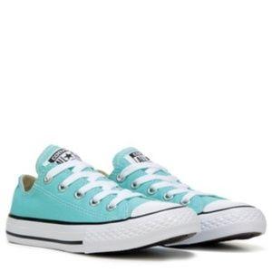 Chuck Taylors Aruba Blue Converse Low Top Sneakers